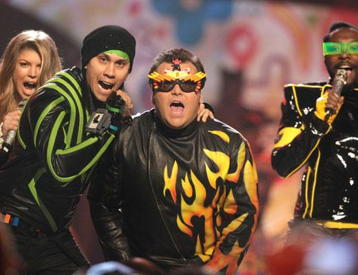 /nick-assets/blogs/images/kids-choice-awards/black-eyed-peas-kca-2011.jpg