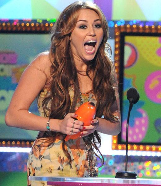 /nick-assets/blogs/images/kids-choice-awards/miley-cyrus-kca-2011.jpg