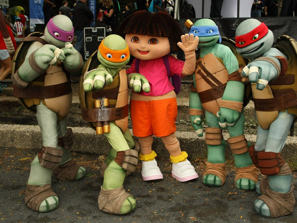 Dora and Friends|Look who showed up to play! Dora and the Turtles are super psyched for a fun day ahead.