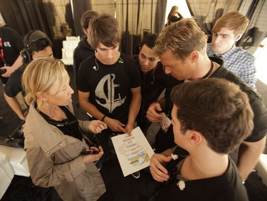 Song List|The boys of BTR go over their song list before hopping on stage for another Famous performance.