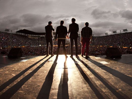 Big Time Spotlight|BTR is always under the spotlight, especially when they're on stage. You've got our attention guys!