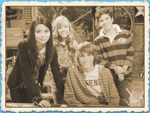mgid:file:gsp:kids-assets:/nick/shows/images/blogs/blogs-1/lucas-cruikshank-throwback-thursday-icarly-guest-star-4x3-image-1.jpg