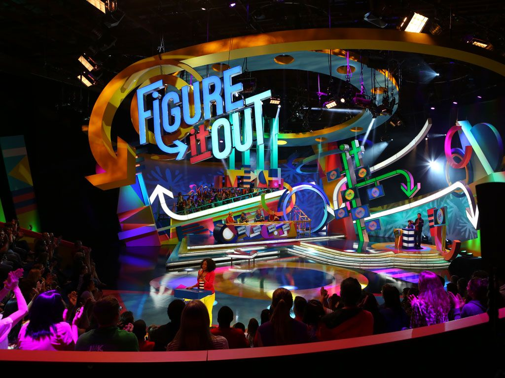 Figure it Out!|Here we get a glimpse of the overall show experience from the audience perspective.