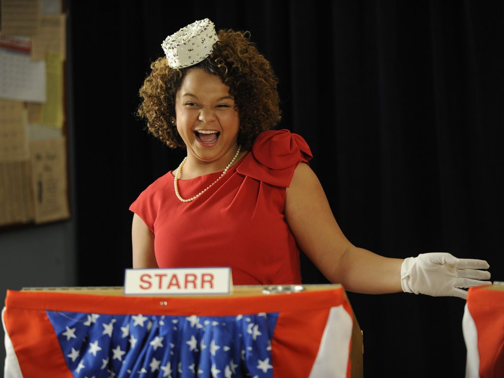 Singing Starr|Starr is too much of a 'star' to simply be a campaign manager. She wants to run for prez too! Can you say drama??