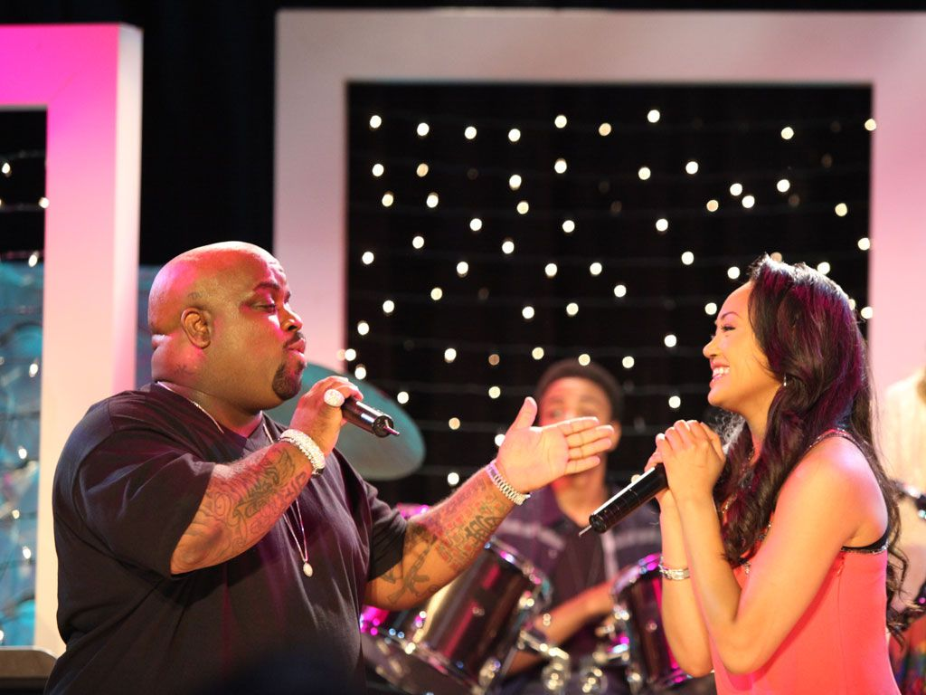 A Great Duo|Kacey and Cee Lo sure look like they know 'how to rock' a stage in this episode!