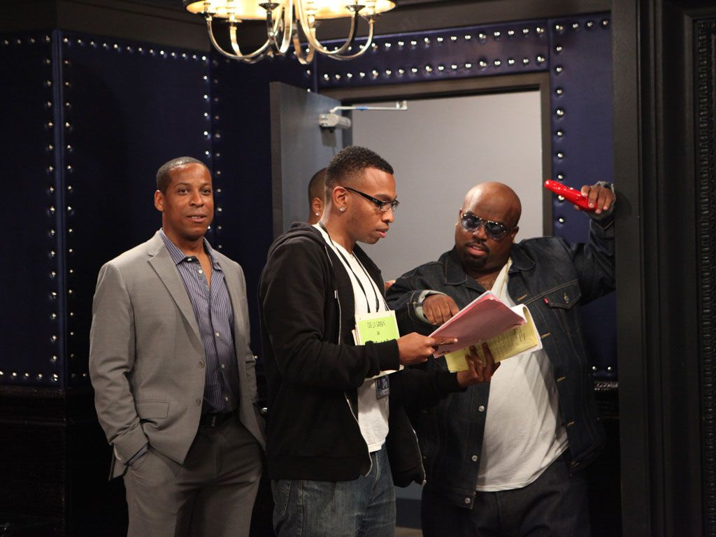 Cee Lo Backstage|Cee Lo and his team have major preperations before their big concert.