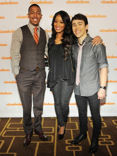 A Quick Pic With Nick|Nick Cannon stopped to pose for an Orange Carpet pic with Rags stars Keke Palmer and Max Schneider. Say cheese!