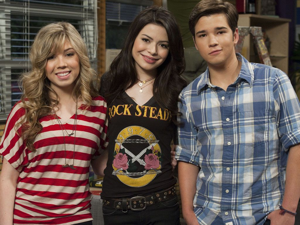 Precious Pals|Oh Seddie, oh Creddie. Will we ever be able to decide? No matter what happens, you'll always be the best TV trio we've ever known.