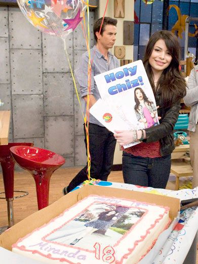 Crazy Card|Miranda got a super-sized card from the cast with one of her fave iCarly sayings printed on the front. Holy chiz!