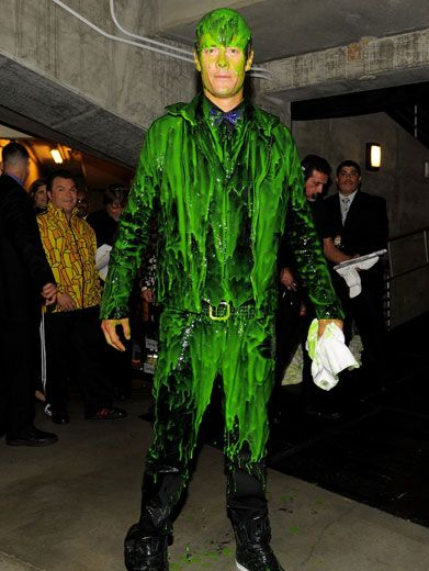 Goo-ey Guy| Joshua Duhamel! You've got green goo all over your Bieber bowtie! What are we gonna do with you?