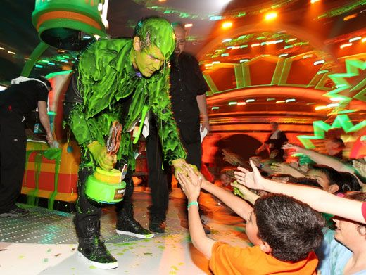 Thank Goo, Thank Goo Very Much!|Josh Duhamel thanked fans for voting him the master of arm farts while covered in green goo.