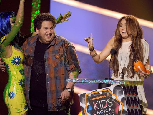 Beware of Frankenslime!|Miley Cyrus accepted her award for Favorite Movie Actress, but she made sure to stay far away from slime-y KP.