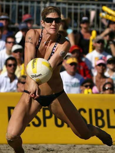 May I Have My Blimp Now?|Volleyball star, Misty May Treanor, scooped up an award for Favorite Female Athlete last year. No wonder! Look at those moves!