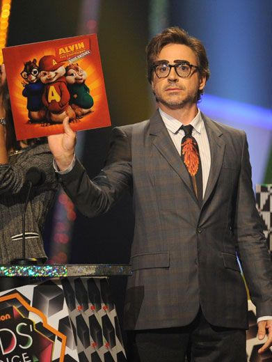 KCA Record Holder|Is that an Alvin and the Chipmunks record you're holding, Robert Downey Jr.? No, but you are awarding them a blimp for Favorite Movie!
