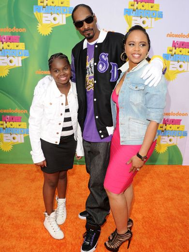 Family Fun|Snoop Dog walked the Orange Carpet with this family in tow. So cool!