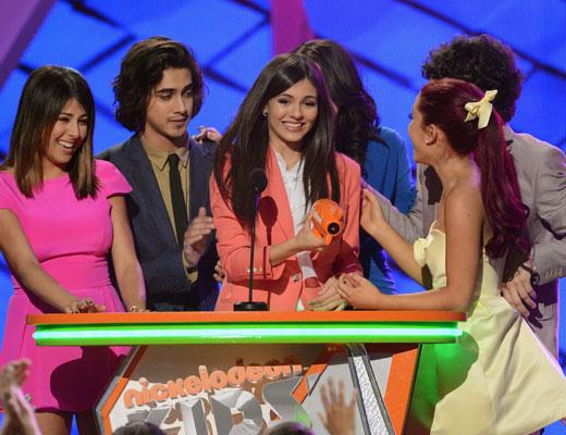 /nick-assets/shows/images/kids-choice-awards-2012/blogs-2/speeches/speeches-victorious.jpg