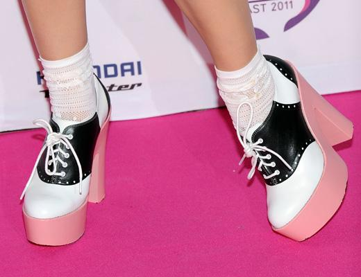 /nick-assets/shows/images/kids-choice-awards-2012/blogs/katy-shoes-1.jpg