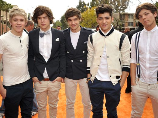 1D on the OC|One Direction showed off their unique sense of style on the KCA Orange Carpet. These guys know how to dress!