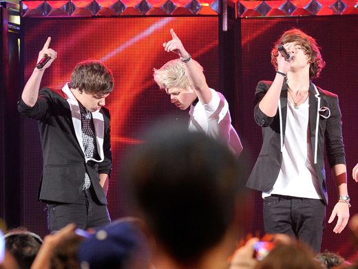 The Direction is Up|The boys start to bring the heat up on the KCA stage with their hit single