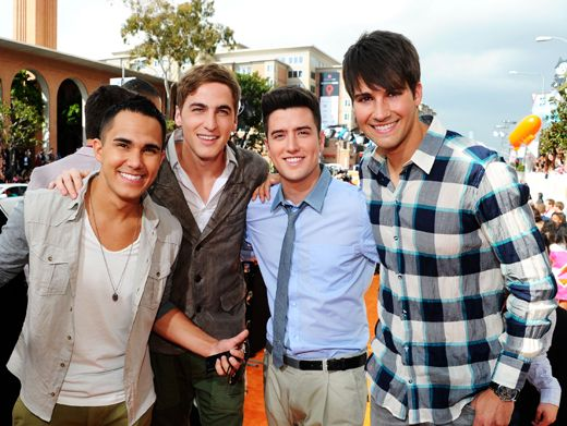 KCA 2012: Big Time Winners|The boys of Big Time Rush look thrilled to be at the show, and they don't even know they won a Blimp yet!