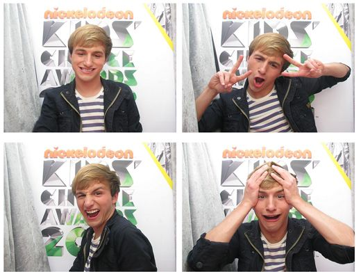 KCA 2012: SAY...ERGH?!|Photo booths are HACKING AWESOME...and this pic of Lucas Cruikshank proves it!