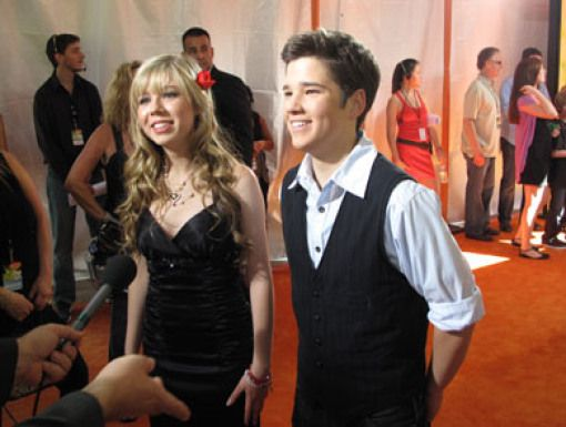 Jennette McCurdy & Nathan Kress|Sam & Freddie may be frenemies, but Jennette & Nathan are a true Orange Carpet team!