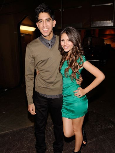 Dev Patel & Victoria Justice|Before introducing Justin Bieber to the screaming throngs of KCA kids, Dev Patel and Victoria Justice strike a pose.