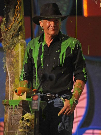 A Real Hero|Indiana Jones keeps his cool under attack at the '08 KCAs.