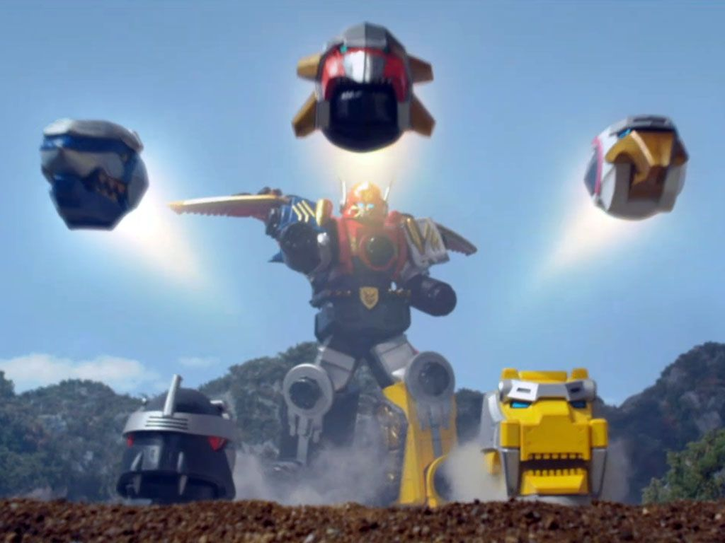 ZORD ZAP|The Gosei Megazord has all kinds of powerful secrets, like fierce, detachable animal heads! Go Megaforce, go!!!