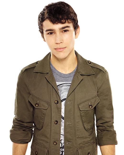 /nick-assets/shows/images/star411/blogs-3/max-schneider-embarrassing-moment-01.jpg