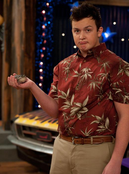/nick-assets/shows/images/star411/blogs-3/noah-munck-spencer.jpg