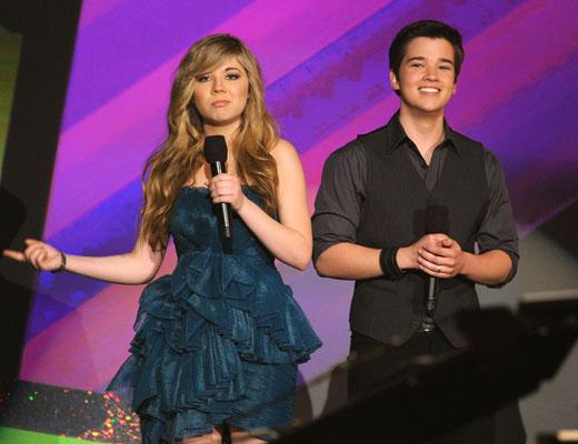 /nick-assets/shows/images/star411/blogs/images/jennette-nathan-q-and-a.jpg