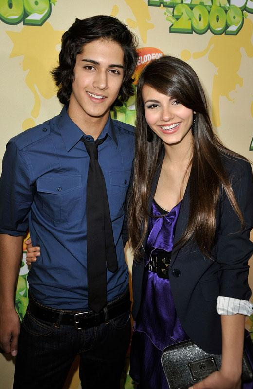 /nick-assets/shows/images/star411/blogs/images/victoria-avan-bff-1.jpg
