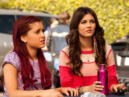 http://images2.nick.com/nick-assets/shows/images/victorious/flipbooks/blonde-squad/blonde-squad-08.jpg?height=385&width=510&quality=0.75