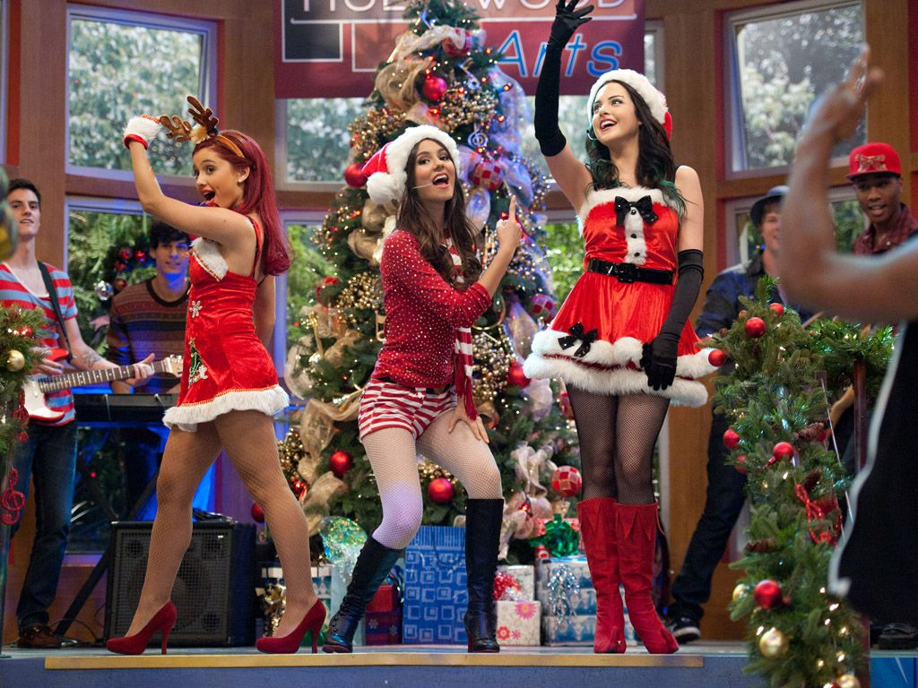 Holiday Wish|All we want this season is an awesome performance from the cast of Victorious...Look! Wishes really do come true!